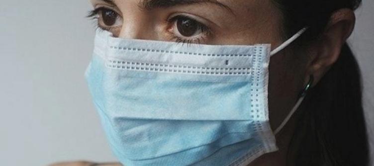 Вчені були здивовані, дізнавшись, як довго вірус може триматися на поверхні хірургічних масок.