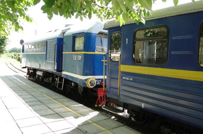 Попри закриття від Укрзалізниці, Ужгородська дитяча залізниця все таки відновлює рух поїздів.