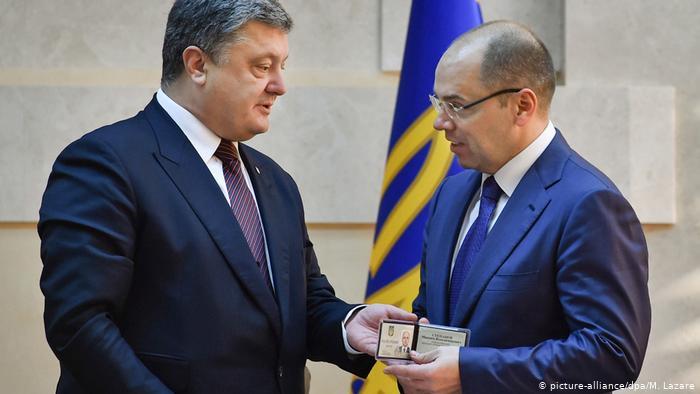 Відсторонений голова Одеської ОДА Максим Степанов заявив, що його звільнення виходить за межі повноважень президента України, оскільки таке рішення може бути прийняте лише за поданням уряду.