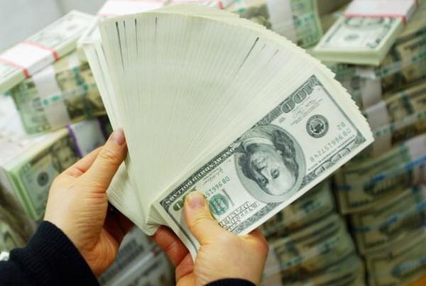 Курс валют на 29 березня: гривня повернулася до падіння