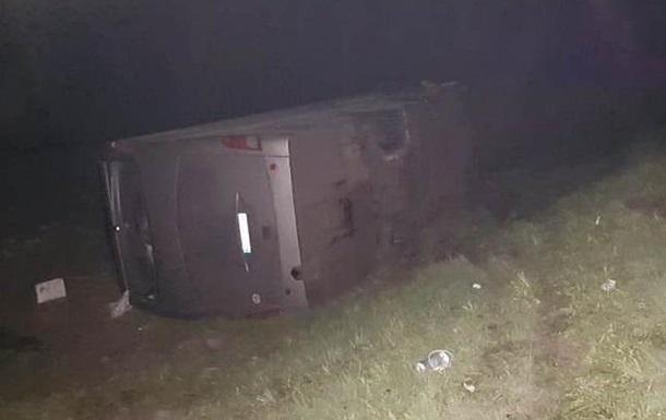 У ніч на 30 квітня в Кромському районі Орловської області потрапив в аварію рейсовий автобус, у якому перебувало 54 українці.