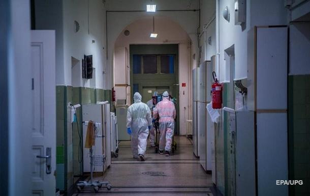 За минулу добу в Угорщині коронавірусом заразилися 11 265 осіб, 275 пацієнтів померли.