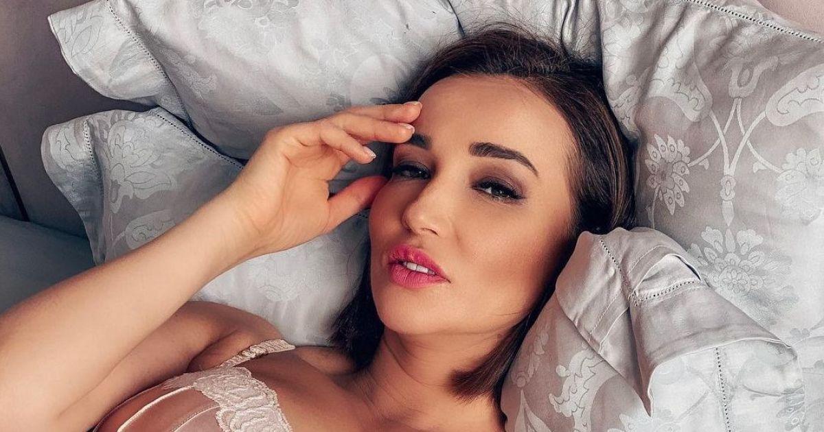 На своїй сторінці в Instagram зірка опублікувала фото, зроблені під час її відпочинку у Маямі.