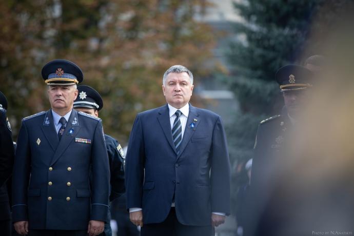 У часи президентства Порошенка Арсена Авакова часто називали головною противагою для Петра Олексійовича у владі. Такою собі людиною номер 2.