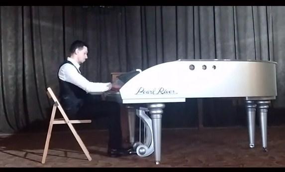 Музикант з міста над Латорицею здобув перемогу на Міжнародному фестивалі-конкурсі мистецтв