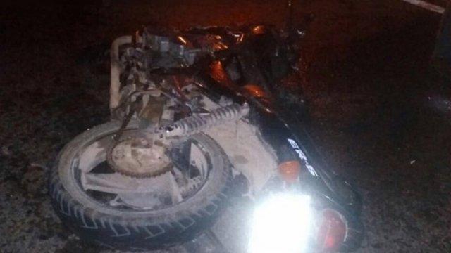 19 квітня, в селі Лопухово Тячівського району сталася дорожньо-танспортна пригода за участі мотоцикліста. 16-річний юнак загинув на Великдень.