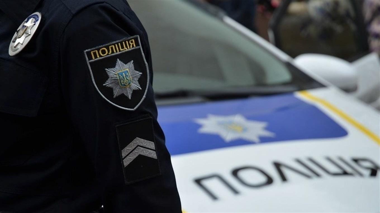 Слідчі Ужгородського районного відділення розслідують справу щодо зберігання наркотичних речовин жителем обласного центру. Вилучену кристалічну речовину відправили на експертизу.