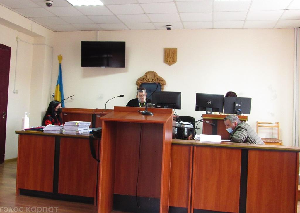 Шахрайство в банку: до слідчого міжгірської поліції ухвалою суду застосують привід – такого ще не було