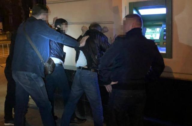 Співробітники Служби безпеки України заблокували у Львівській області канал нелегальної міграції в європейські країни.