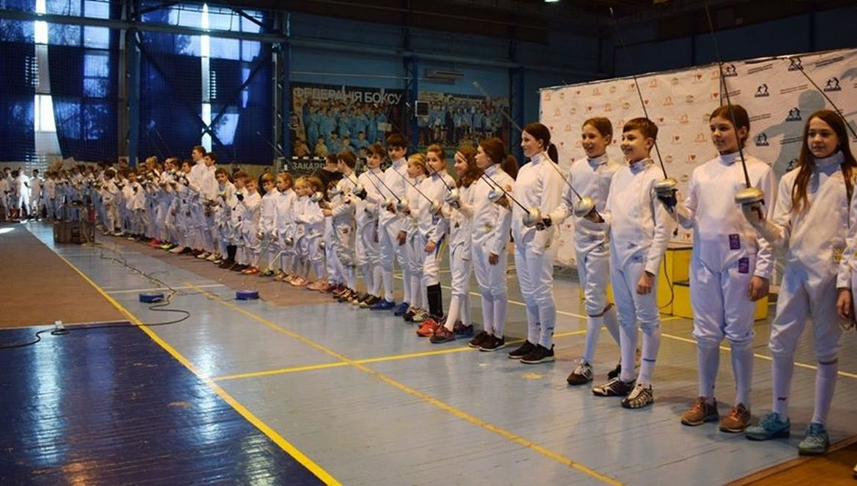 """Урочисте відкриття змагань турніру, що триває 8 і 9 березня, відбулося сьогодні в ужгородському спорткомплексі """"Юність""""."""
