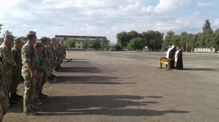 У Мукачеві затвердили Програму поліпшення умов несення служби та організації виховного та навчального процесу у військовій частині А1556 на 2019 рік.