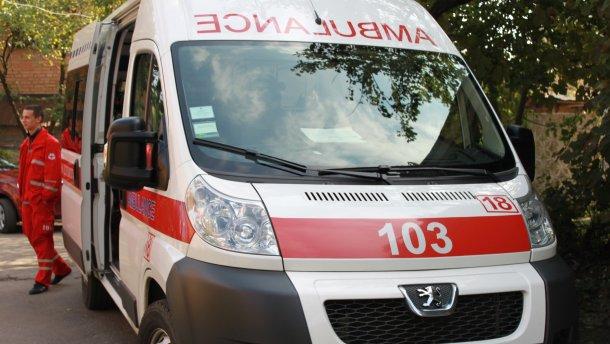 Журналісти спробували дізнатись, чому в Україні катастрофічно падає рівень меддопомоги.