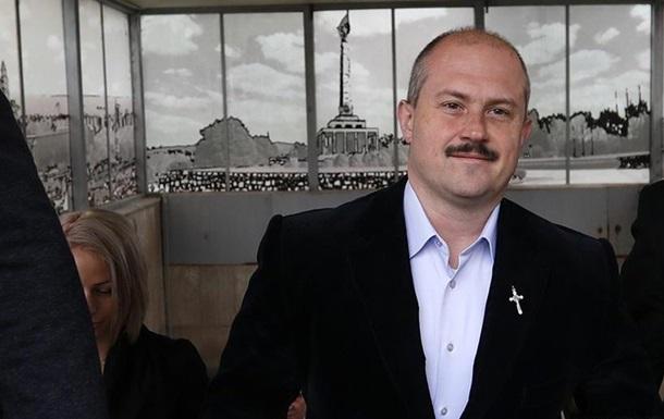 Суд у Словаччині засудив депутата парламенту Маріана Котлебу до ув'язнення. Котлеба - лідер словацьких ультранаціоналістів. Вирок ще не набув чинності, засуджений подав апеляцію.