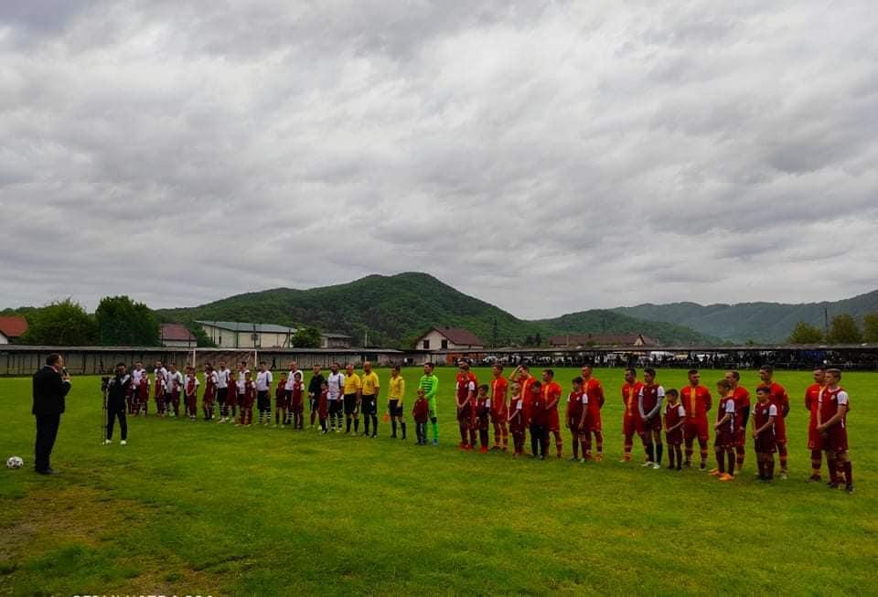 Вчора у Довгому стартував новий футбольний сезон: на Боржава-арені відбувся перший домашній матч на першість Закарпаття.