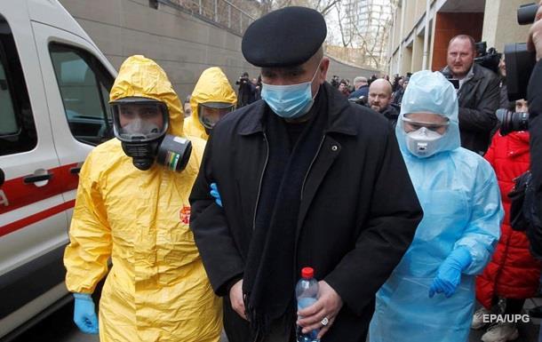 При базовому сценарії труднощів від поширення коронавірусу не буде, а при песимістичному в Україні оголосять карантин.