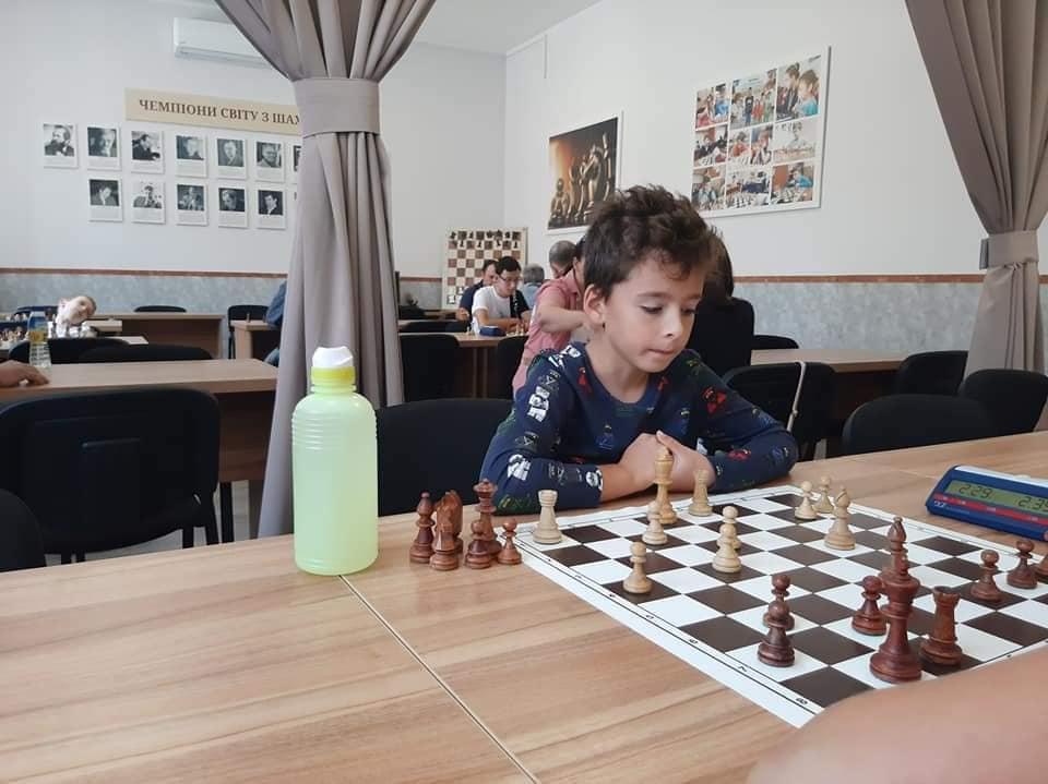 Змагання проходили за швейцарською системою в 9 турів контроль часу 3 хв. + 2 сек.