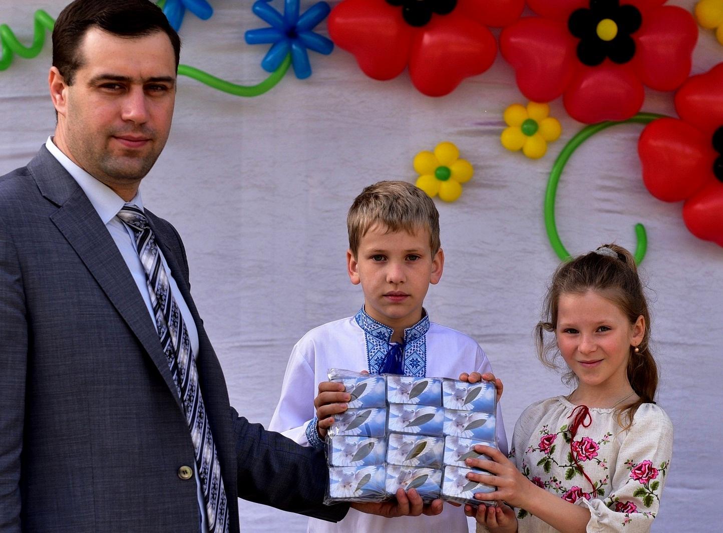 Як ми вже повідомляли, 5 квітня 2016 року 15.000 школярів Виноградівського району на Закарпатті одночасно попросили Бога миру в Україні.