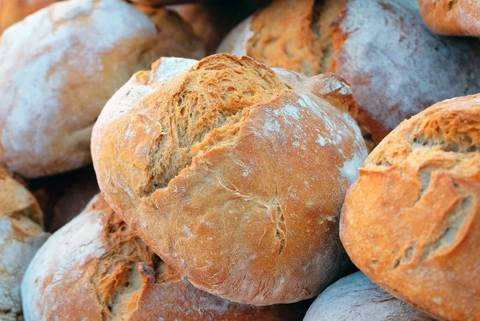 За офіційними даними за березень 2019 року, найдорожчий хлібний кошик у Києві, який коштує 97грн, а найдешевший у Луганській, Миколаївській і Одеській областях, де він обійдеться в 65грн.
