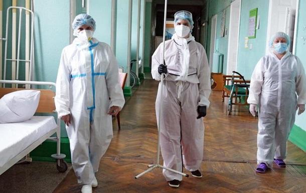 Українські лікарі та медсестри тепер можуть працювати в Польщі без підтвердження диплому та іспитів.