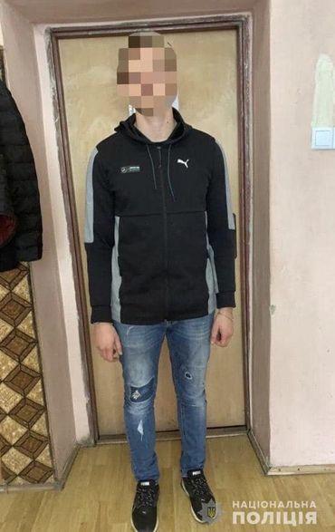 Сьогодні, 15 жовтня, відповідно до санкції суду працівники Мукачівського відділу поліції, провели обшук за місцем проживання фігуранта кримінального провадження.
