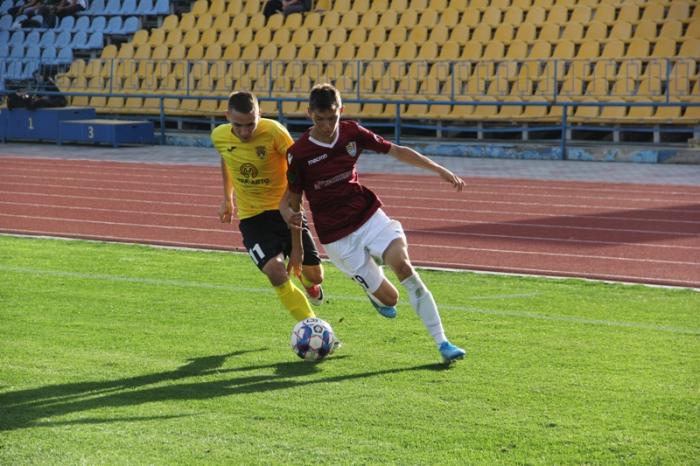 ФК «Ужгород» у 12-му турі чемпіонату України з футболу приймав аутсайдера другої ліги – чернівецьку «Буковину».