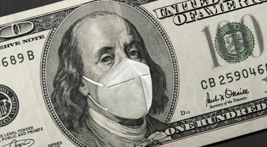Аналітики вважають, що посилення карантину може призвести до зниження курсу долара.