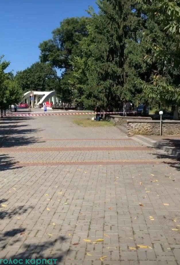 Вчора, 12 серпня, на площі Народній в Іршаві було виявлено тіло невідомої людини.