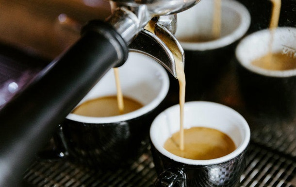 Кава значно подорожчала на тлі скорочення поставок із Бразилії та логістичних проблем у Колумбії.