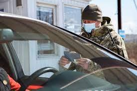 Для громадян іноземних країн, в тому числі і тих, хто має посвідку на тимчасове проживання, обов'язковим залишається поліс страхування.