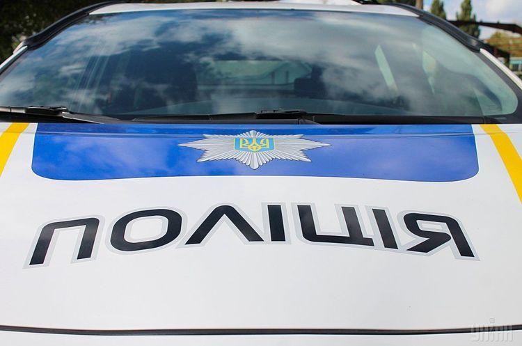 У канаві, між селами Турички та Лумшори, виявили труп невідомого чоловіка. Про знахідку повідомили правоохоронним органам.