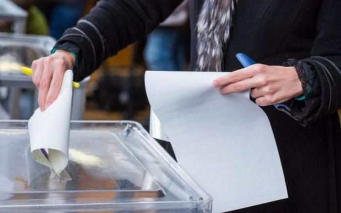 Всього 148 закарпатських виборців станом на 18 червня змінили своє місце голосування.Такі дані оприлюднено в Державному реєстрі виборців. З них – 37 ВПО (3 з АРК, 27 з Донеччини та 7 з Луганщини).
