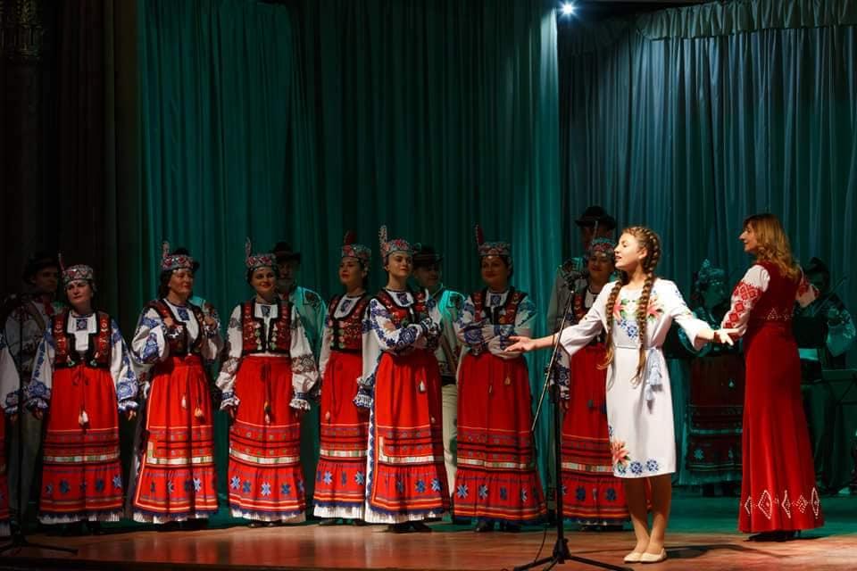 Триває ювілейний 75-й концертний сезон Заслуженого академічного Закарпатського народного хору.