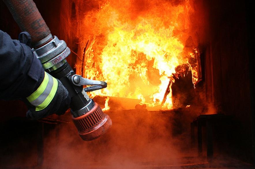 На Міжгірщині сталася пожежа в гаражі
