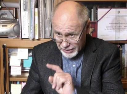 Валерій Падяк звернувся до письменника Петра Мідянки з приводу мовного питання.