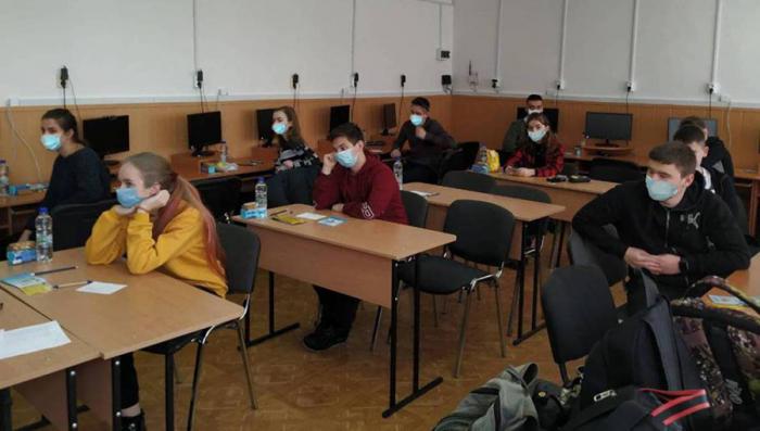 Цьогоріч до участі в інтелектуальному змаганні долучилися 117 учасників. Ужгородський університет 31 січня вперше став місцем для проведення обласної олімпіади з математики для учнів 7–11 класів.