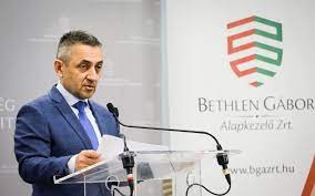 Про це держсекретар з питань національної політики заявив у понеділок в Будапешті.