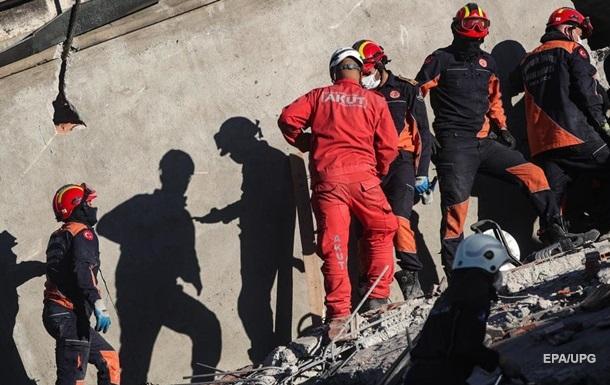 В результаті події постраждали майже 900 осіб, в лікарнях перебувають понад 240 осіб.