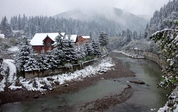 Гірськолижним зонам Закарпаття необхідно активно діяти у напрямку якісного розвитку альтернативних різновидів туризму у зимовий період. Про це повідомив «Турінформ Закарпаття».