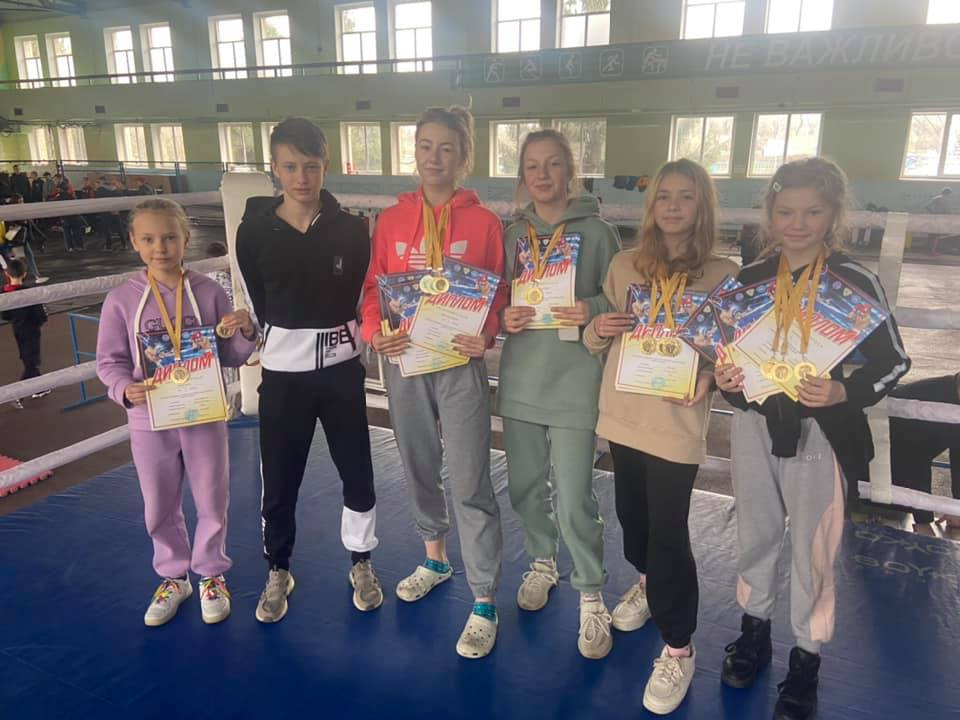 22-25 квітня 2021 р. у м.Бровари відбувся Чемпіонат України з кікбоксингу WAKO серед юнаків та юніорів, який зібрав 1100 спортсменів з 23 областей.