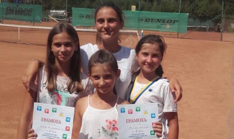 Молодці! Тячівські тенісисти повернулись зі Львова з перемогою