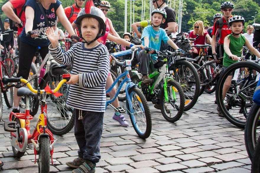 24 травня з нагоди традиційного Велодня у Берегові відбудеться масовий велозаїзд, де також буде розіграно велосипед.
