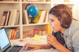 У зв'язку з різким поширенням коронавірусної інфекції, призупинено освітній та навчально-виховний процес в Синевирській школі та дитячому садку.