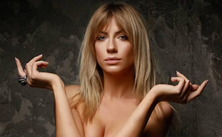 Телеведуча Леся Нікітюк може похвалитися витонченою фігурою. Зараз вона відпочиває в Туреччині і не упустила нагоди порадувати шанувальників гарячим кадром в купальнику.