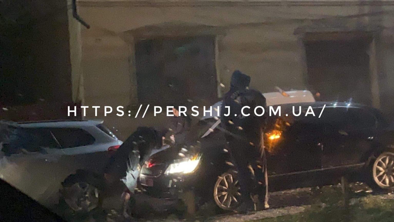 Автопригода трапилася сьогодні, близько 18:10 у Мукачеві біля Мукачівського державного університету.