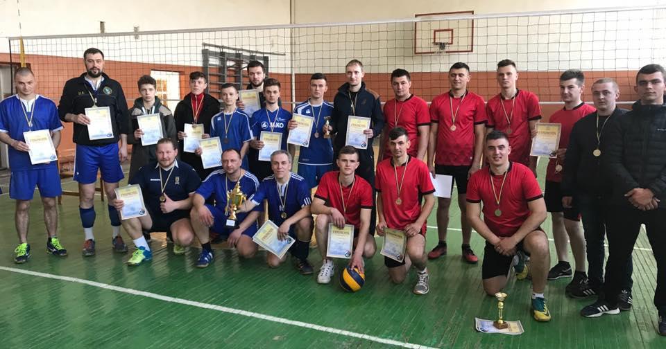 Визначився чемпіон Виноградівщини з волейболу
