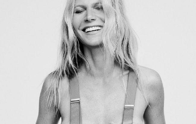 Актрисі днями виповнилося 48 років і з цієї нагоди вона опублікувала у своєму блозі фото, де постала повністю оголеною.