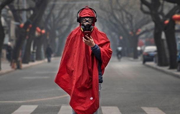 Кількість інфікованих на материковому Китаї зросла на 3062 особи, перевищивши 40 тисяч людей.