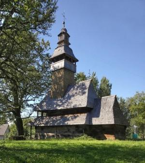 Колодненська церква святого Миколая Чудотворця XV ст. вважається найстарішим дерев'яним храмом України та одним із найдавніших у Європі. Її вік от-от перетне позначку у 550 років.