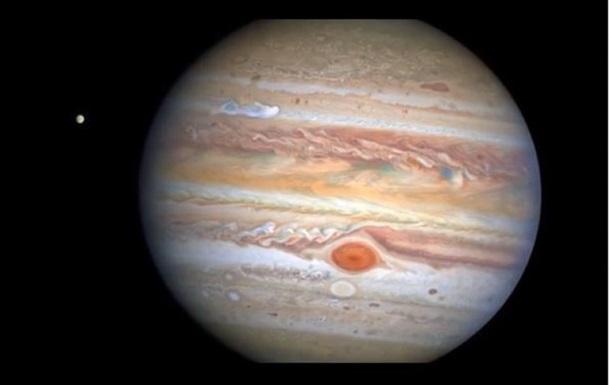 Знімок був зроблений 25 серпня поточного року, коли планета перебувала на відстані 653 мільйони кілометрів від Землі.