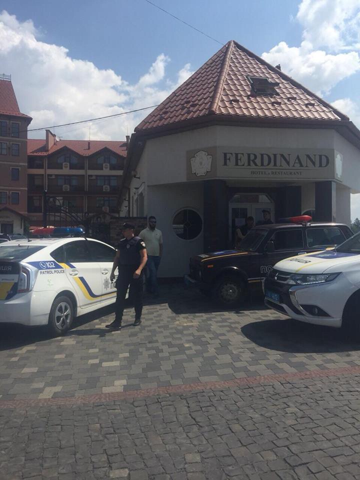 Людей евакуювали: з'явились подробиці замінування в Мукачеві